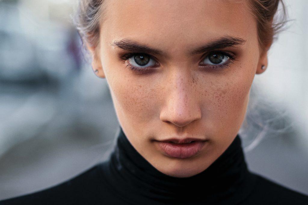 女性の第一印象の7割は「唇」で決まる