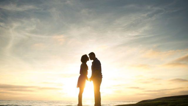【遊び?本気?】別れ際にキスする男性心理とその対処法!