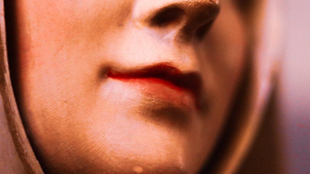 女性の唇を見るときの男性心理は3パターン