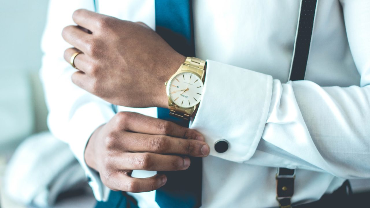 【禁断】職場の既婚男性が見せる5つの好きサインと彼を落とす4つのワザ!