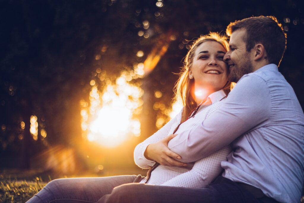 まとめ:【秒で見抜く】既婚男性が独身女性からの好意を感じた時の男性心理と5つの脈ありサイン!