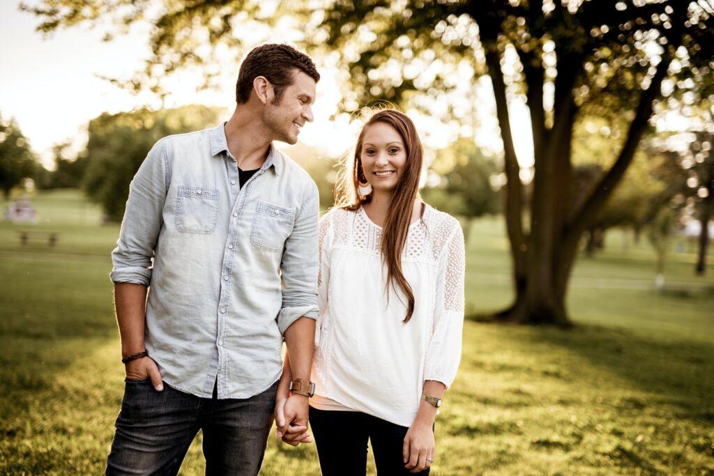 既婚者男性が土日や休日に会う3つの理由と心理