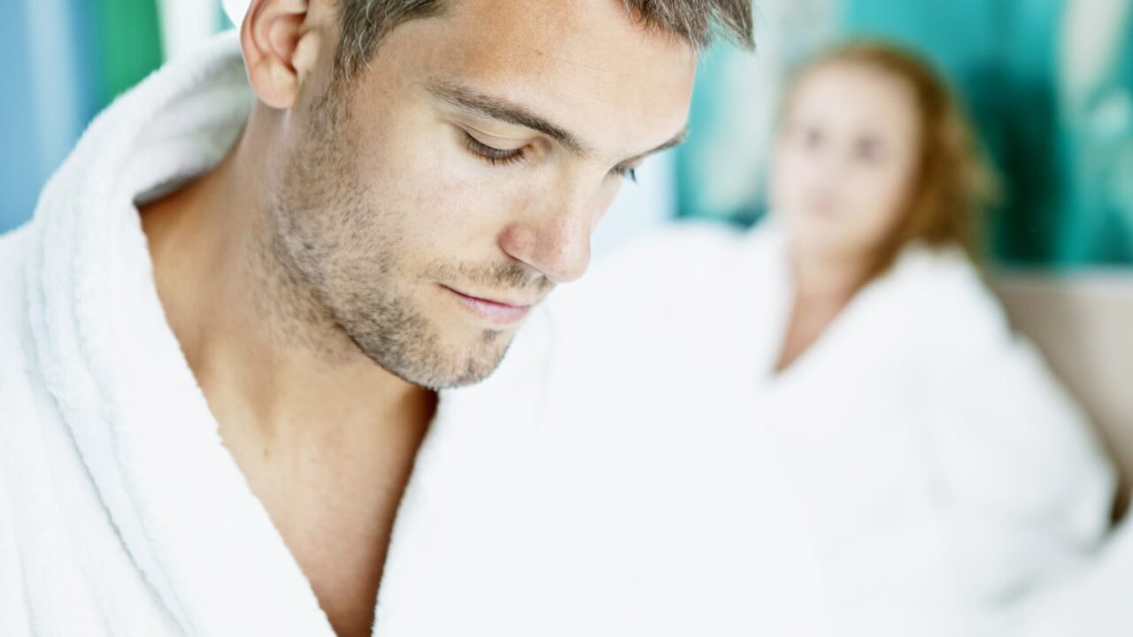【嘘を暴く】妻とうまくいってない既婚男性10の特徴とアピールして嘘つく4つの心理!