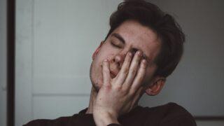 【本音】既婚男性の苦しみと不安にさせる不倫相手の行動!本気の恋から離れていく理由とは?