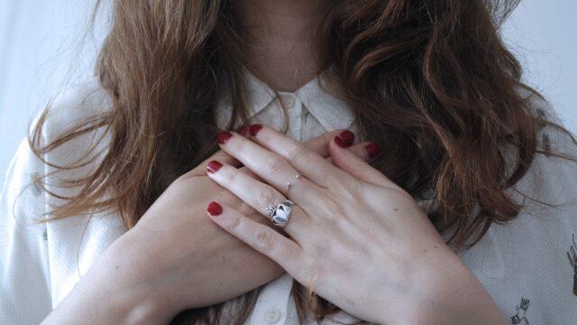 【ケース別対処法】既婚者なのに好きな人が出来た!両想い・離婚・諦める3ケースの解決策!
