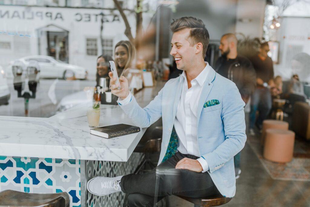 既婚男性が女性からデートに誘われたら?3つの嬉しい脈あり態度